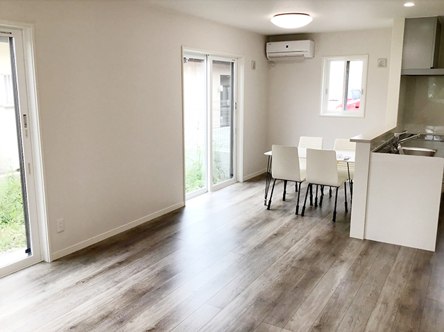 南アルプス市飯野 新築 建売住宅 リビング LDK18帖
